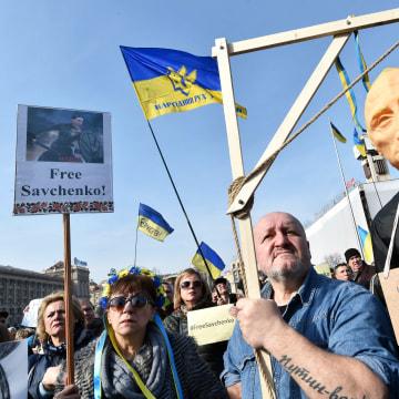 Image: Anti-Putin protester in Kiev on March 6