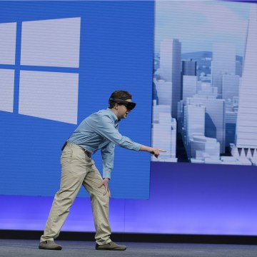 Image: A Case Western Reserve University medical student demonstrates using the Microsoft HoloLens