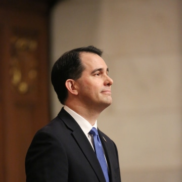 Image: Walker delivers his State of the State address