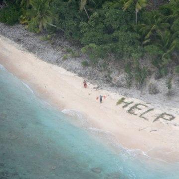 160409-help-beach-jsw-810a_a647b3a06dd308eeb42667cb0f113a89.nbcnews-fp-360-360.jpg