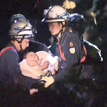 Image: Earthquake baby