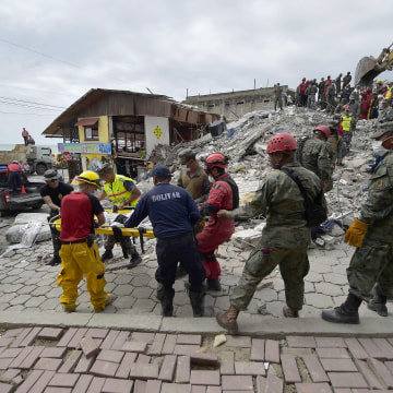 Image: Ecuador quake aftermath