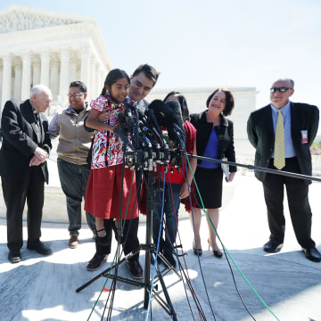 Image: U.S. Supreme Court Hears Challenge To Obama Immigration Programs