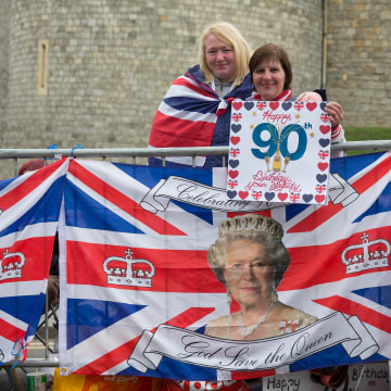 Image: Royal supporters outside Windsor Castle, west of London