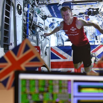 Image: Tim Peake runs London Marathon in the International Space Station