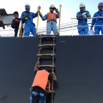 Image: Colombian mariner