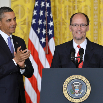 Image: US-POLITICS-LABOR-OBAMA-PEREZ