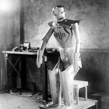 Museum Wants to Recreate Eric the Robot, One of the First Humanoid Machines