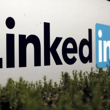 LinkedIn, Airbnb Match Refugees With Jobs, Disaster Survivors With Rooms