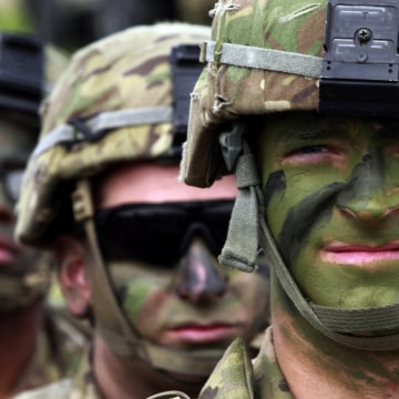 Image: U.S. servicemen during Exercise Noble Partner