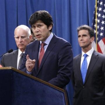 Image: Jerry Brown, Holly Diaz, Kevin de Leon, Mark Leno