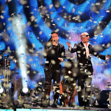 Pitbull's New Year's Eve Revolution 2016