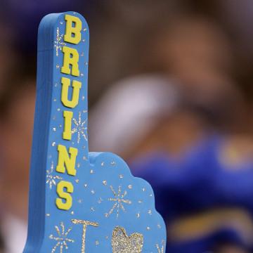 Florida Gators v UCLA Bruins