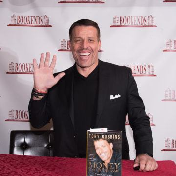 "Tony Robbins Signs Copies Of His Book ""Money: Master Of The Game"""