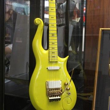 Image: Prince guitar