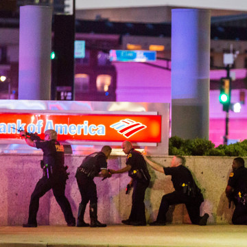 Image: Dallas Police respond after shots were fired at a Black Lives Matter rally in downtown Dallas