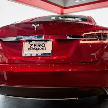 Images SEC Investigating Tesla for Possible Securities Law Breach: Report - NBC News 1
