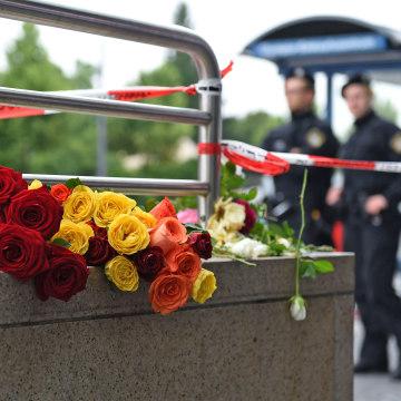 Image: GERMANY-SHOOTING-MALL