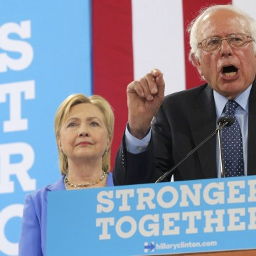 Image: U.S. Senator Sanders endorses Democratic U.S. presidential candidate Clinton during campaign rally in Portsmouth, New Hampshire