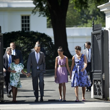 The Obamas Walk To Church