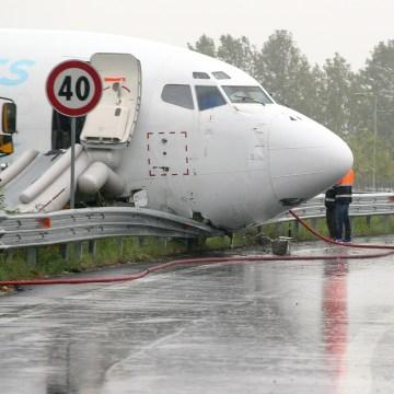 Image: Cargo plane near Bergamo, Italy