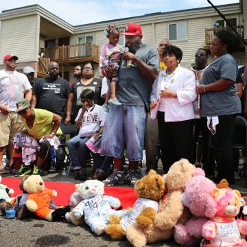 Image: Michael Brown memorial ceremony