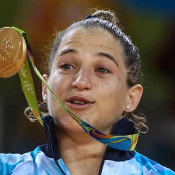 Paula Pareto Wins Gold In Rio - Judo