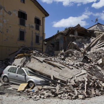 Image: 6.2 Earthquake Devastates Central Italy