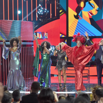 Telemundo's Latin American Music Awards 2015 - Show