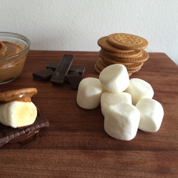 Smores with Dulce de Leche by Jacqueline Kleis