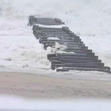 IMAGE: Hermine waves in Delaware
