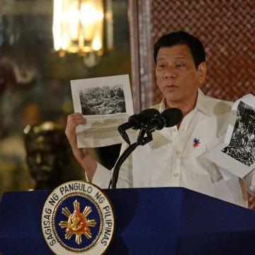 Image: PHILIPPINES-US-DIPLOMACY-CRIME-RIGHTS