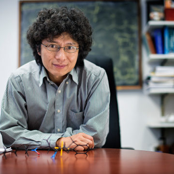 Jin-Quan Yu