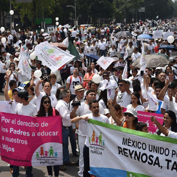 MEXICO-DEMO-ANTI-GAY