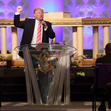 Image: Republican presidential nominee Donald Trump attends a church service in Detroit