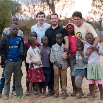 CEO of Everwaters, Adrian Lievano visiting a local community to talk about the filtration system in Kenya.