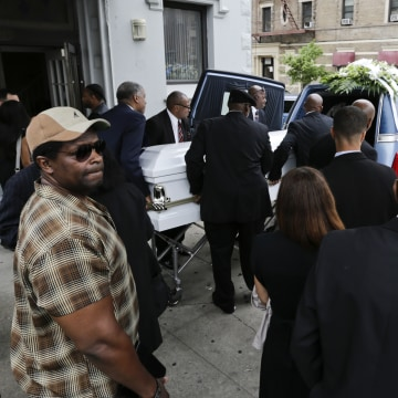 Image: Loved ones attend the funeral of Kalief Browder