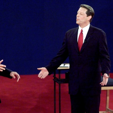 Comparing and contrasting the leadership of al gore and george w bush
