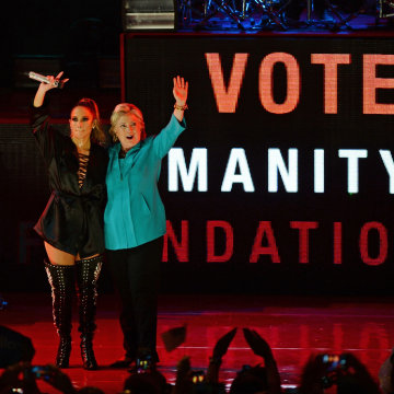 Image: Hillary Clinton presidential campaigning, Miami, USA - 29 Oct 2016