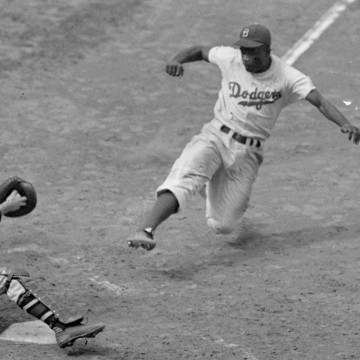 Image: Brooklyn Dodgers Jackie Robinson