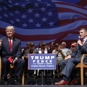 Image: Donald Trump and Lt. Gen. Michael Flynn