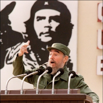 Image: Fidel Castro in 1997