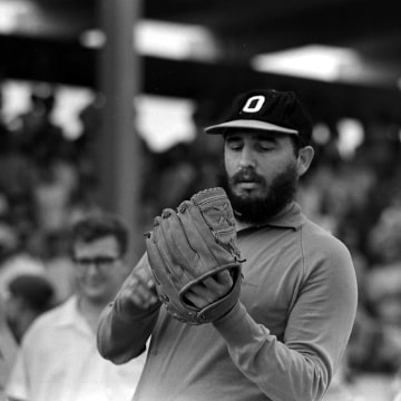 Image: Fidel Castro playing baseball in 1964
