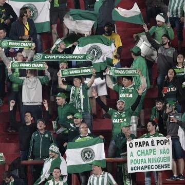Image: Fans of Brazil's Chapecoense on Nov. 2