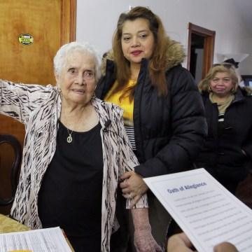 Image: Maria Martinez, Monica Martinez, Hortensia Martinez