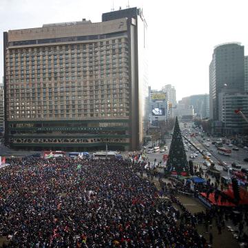 Image: Huge protest in Seoul, South Korea