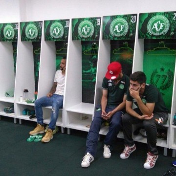 Image: Brazilian soccer players learn of teammates deaths