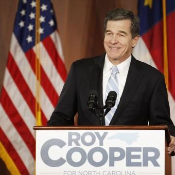 161208_Roy Cooper