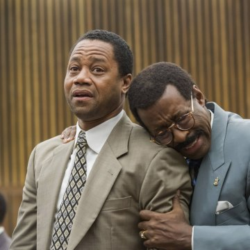 Image: Cuba Gooding Jr. and Courtney B. Vance in The People v. O.J. Simpson: American Crime Story