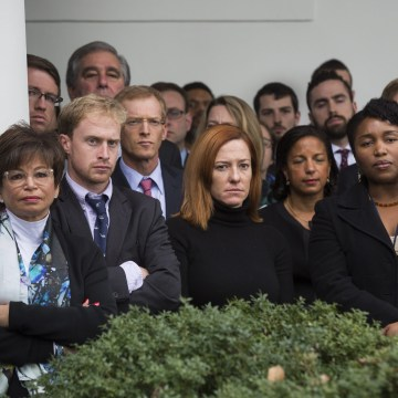 Image: White House staff members listen to President Obama's comments after Trump's victory.